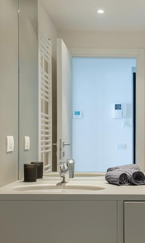 Two bedroom penthouse bathroom